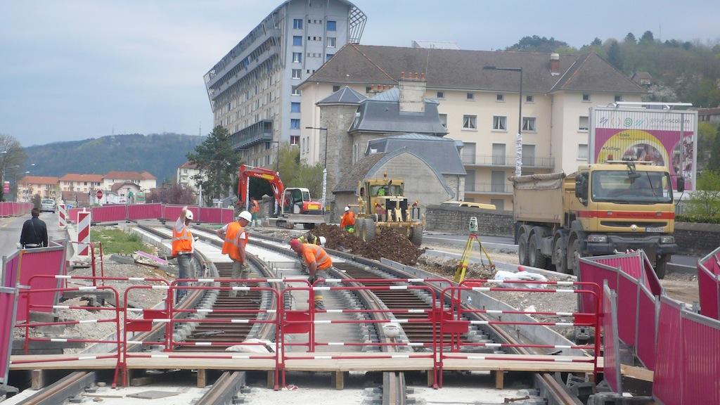 Le tram aux 408