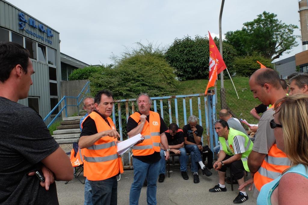 Sur le site de Snop Besançon. Le délégué CFDT Hussein Chehade fait le point sur la négociation avec les grévistes.