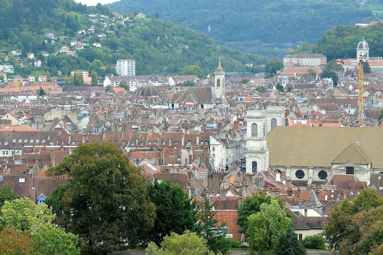 Battant et la Boucle sont les quartiers de Besançon où la proportion des 15-29 ans est, avec la Bouloie, la plus élevée de Besançon... (Photo Daniel Bordur)